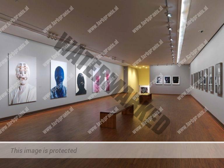 Ausstellungsfotografie Helnwein Retroperspektive